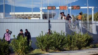 Τρεις συλλήψεις για τις συμπλοκές στην Πάτρα - Σε κρίσιμη κατάσταση ένας μετανάστης
