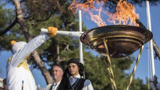 Τελετή αφής της Ολυμπιακής Φλόγας των Χειμερινών Ολυμπιακών Αγώνων στη Θεσσαλονίκη (pics)