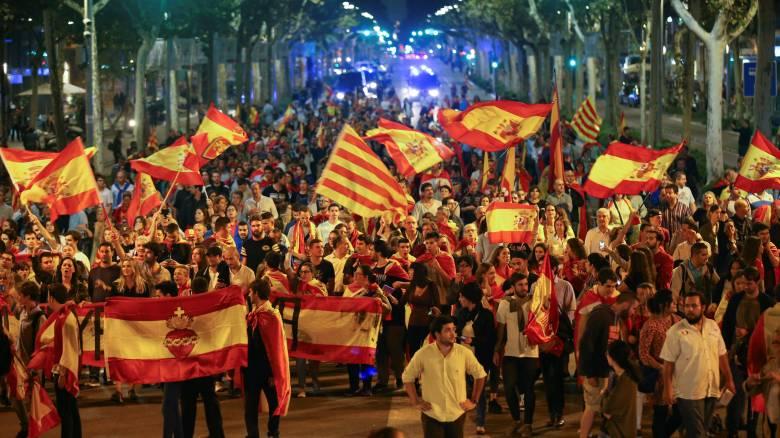 Κουμουτσάκος: Η σιωπή της κυβέρνησης για τις εξελίξεις στην Ισπανία εκθέτει τη χώρα