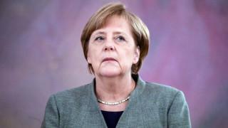 Το… κόλπο της Μέρκελ για να μην αναλάβουν οι Φιλελεύθεροι το υπουργείο Οικονομικών