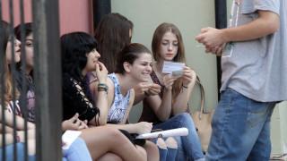 Οι επιστήμονες εξηγούν: Γιατί οι έφηβοι πρέπει να πηγαίνουν σχολείο μετά τις 10 το πρωί