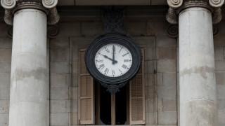 Αλλαγή ώρας: Ξημερώματα Κυριακής γυρίζουμε τα ρολόγια μας