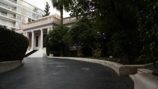 Η κυβέρνηση θέλει να ταυτίσει τη ΝΔ με την ακροδεξιά