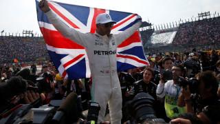 F1: Παγκόσμιος πρωταθλητής ο Χάμιλτον, νίκη Φερστάπεν στο Μεξικό (vids)