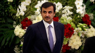 Ο εμίρης του Κατάρ κατηγορεί τη Σαουδική Αραβία ότι επιδιώκει «αλλαγή καθεστώτος»