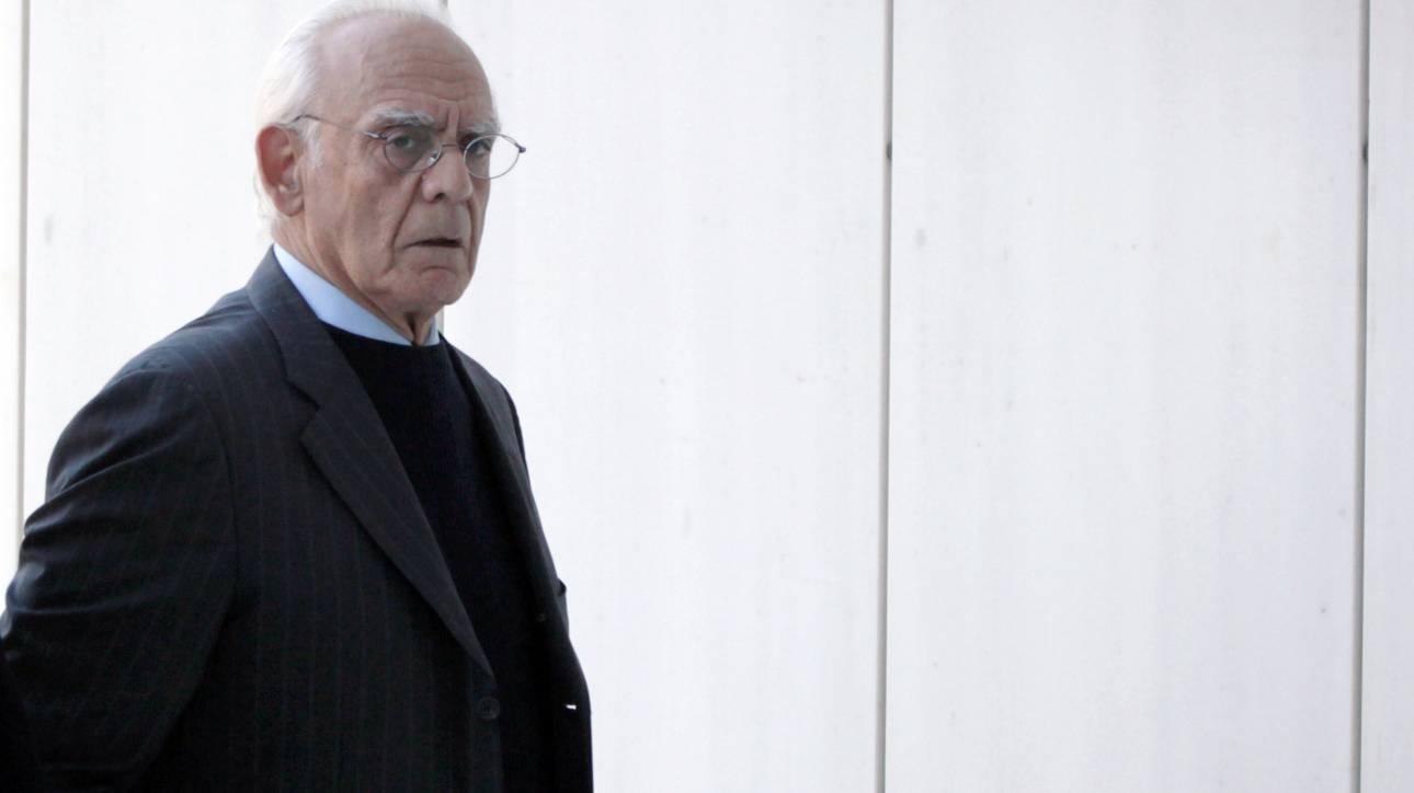 Ομόφωνα ένοχοι Τσοχατζόπουλος, Σταμάτη και άλλοι 14 για τις «χρυσές μίζες» των εξοπλιστικών