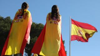 Καταλονία: Ο Πουτζντεμόν παρακολουθεί από τις Βρυξέλλες τις εξελίξεις στην Ισπανία