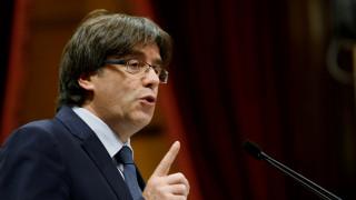 Καταλονία: Ο Πουτζντεμόν δεν σκοπεύει να κρυφτεί στο Βέλγιο, τονίζει ο δικηγόρος του