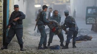 Ισχυρή έκρηξη στη Καμπούλ - Φόβοι για πολλά θύματα (pics)