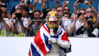F1: Η σύγκριση των παγκόσμιων πρωταθλητών και ο θρίαμβος του Χάμιλτον (vids)