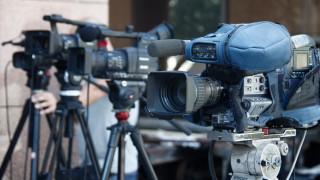 «Πόλεμος» του Λευτέρη Κρέτσου με τον Ανδρέα Λοβέρδο για τις τηλεοπτικές άδειες