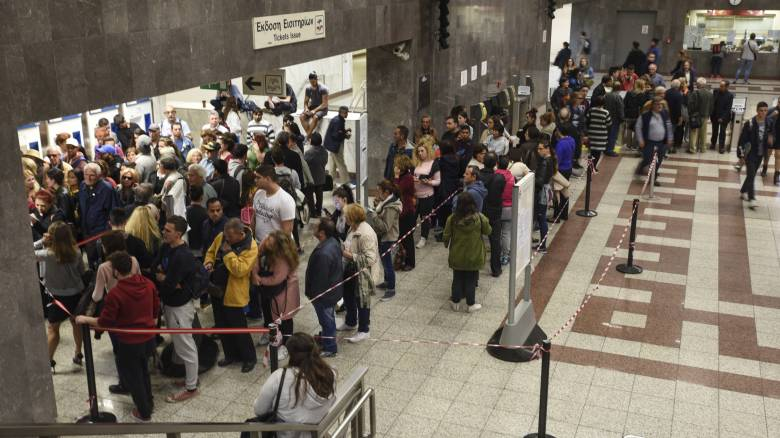 Ηλεκτρονικό εισιτήριο: Το υπουργείο Υποδομών καλεί σε συνάντηση όλους τους φορείς