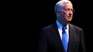 Παραιτήθηκε ο υπουργός Εθνικής Άμυνας της Βρετανίας λόγω «απρεπούς συμπεριφοράς»