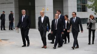 Προφυλάκιση των ηγετών της Καταλονίας ζητά ο εισαγγελέας