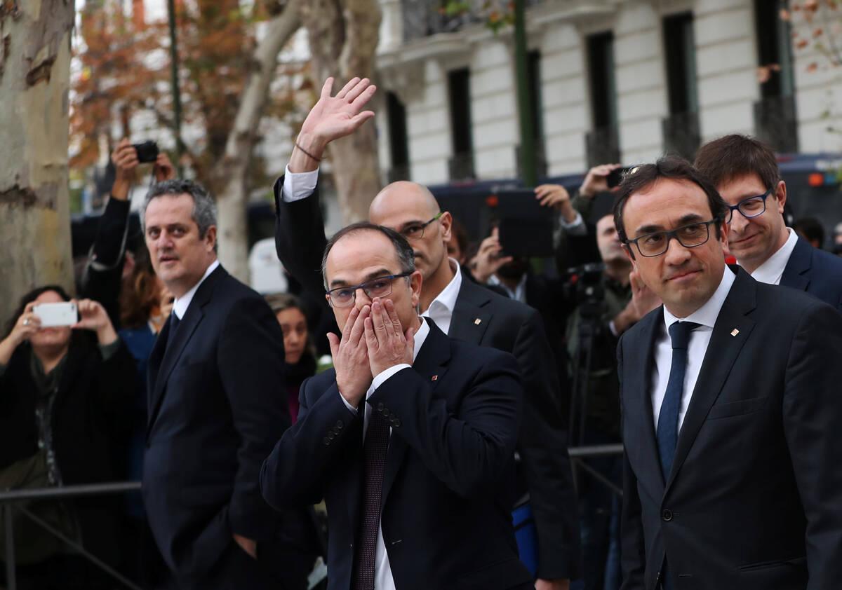 2017 11 02T085817Z 1417453631 RC117917D0A0 RTRMADP 3 SPAIN POLITICS CATALONIA