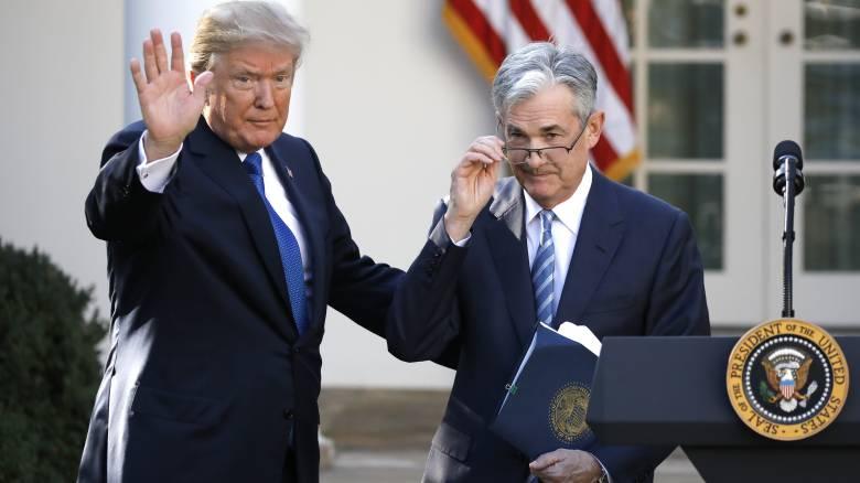 Ο Τζερόμ Πάουελ στο τιμόνι της Fed