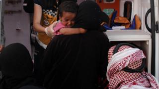 Ιστορίες απελπισίας: Η αγωνιώδης φυγή μιας νεαρής μητέρας από τη Ράκα