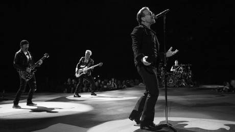 Paradise Papers: O Bono στο οικονομικό σκάνδαλο των offshore & οι U2 ανακοινώνουν νέο album