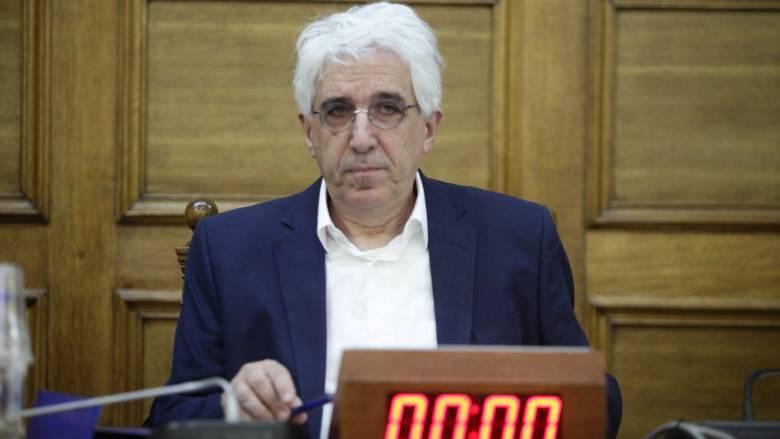 ΝΔ για Παρασκευόπουλο: Έβγαλε από τις φυλακές 2.000 κρατούμενους και τώρα ζητά κατάργηση του νόμου
