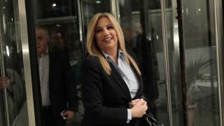 Γεννηματά για επίθεση έξω από τα γραφεία του ΠΑΣΟΚ: Ντροπή να μιλούν για προβοκάτσια