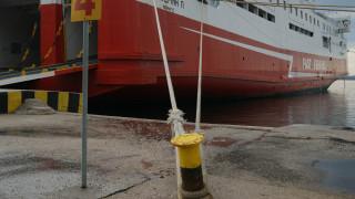 Δεμένα από το πρωί της Πέμπτης τα πλοία στα λιμάνια της Κέρκυρας και της Ηγουμενίτσας