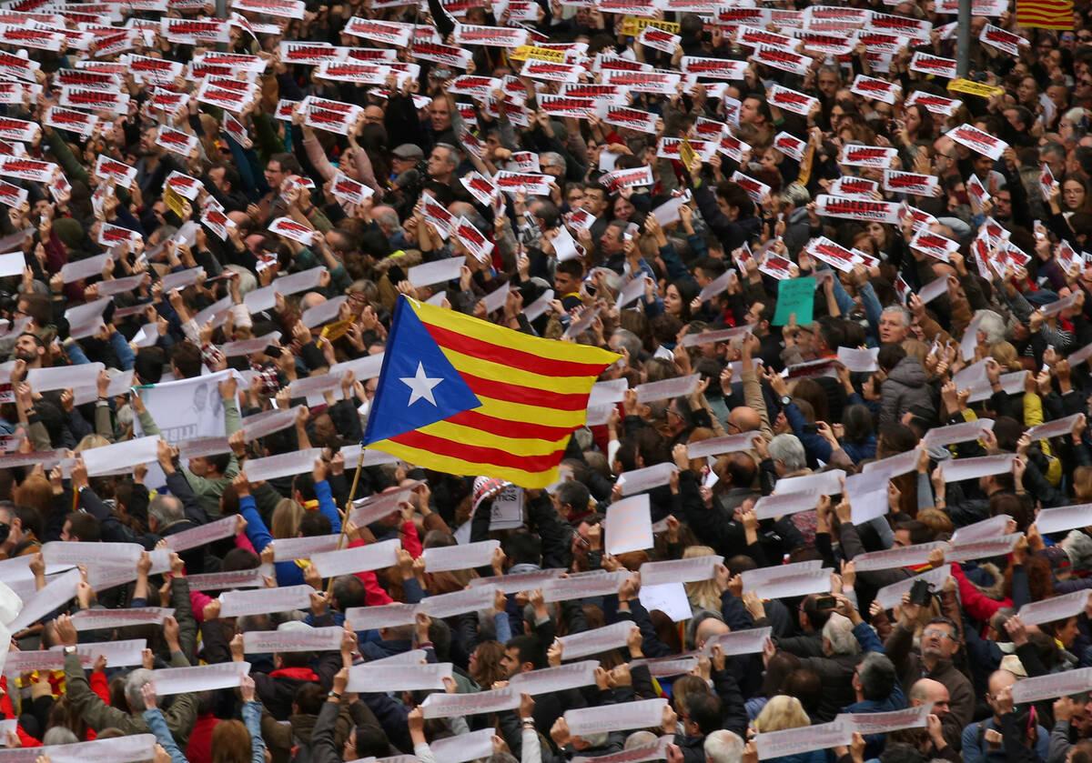 2017 11 08T120213Z 1961146046 RC18469A8360 RTRMADP 3 SPAIN POLITICS CATALONIA