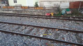 Λάρισα: 12χρονος παρασύρθηκε από τρένο ενώ έπαιζε δίπλα στις γραμμές (pics&vid)
