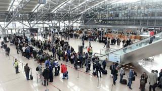 Γερμανία: Κλειστό το αεροδρόμιο του Αμβούργου - Διέφυγαν δύο άτομα που επρόκειτο να απελαθούν
