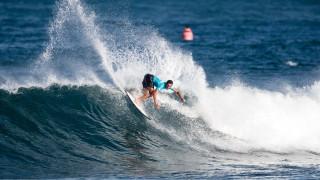 Surfing: Ρεκόρ και φιγούρες στα κύματα (vids)