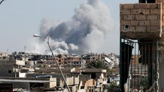 Ο υπό τη Σαουδική Αραβία συνασπισμός βομβάρδισε το υπουργείο Άμυνας της Υεμένης
