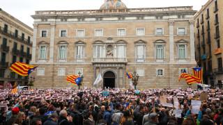 Στους δρόμους και πάλι οι Καταλανοί