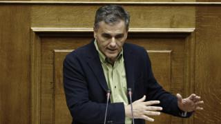 Τσακαλώτος: Oι φορολογικοί «παράδεισοι» τσακίζουν τη μεσαία τάξη