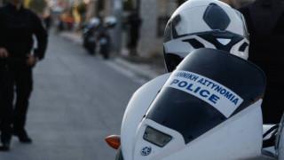 Συνελήφθη Γάλλος που έσπαγε κάμερες έξω από το Πολυτεχνείο