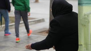 Οι Έλληνες στους πλέον φτωχούς της Ευρώπης
