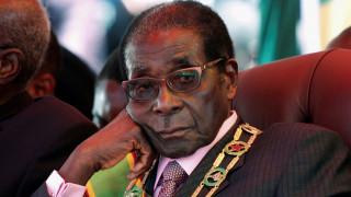Ο πρόεδρος της Ζιμπάμπουε αρνείται κατηγορηματικά να παραιτηθεί