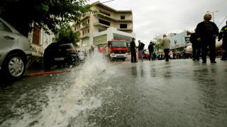 Κακοκαιρία: Προβλήματα από τις καταρρακτώδεις βροχές στην κεντρική Μακεδονία