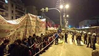 44η Επέτειος Πολυτεχνείου: Στην αμερικανική πρεσβεία η μεγάλη πορεία (pics&vids)