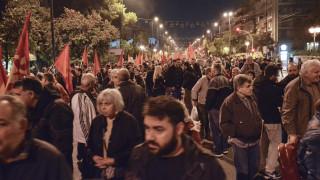 Πολυτεχνείο: Αποδοκιμασίες στο «μπλοκ» του ΣΥΡΙΖΑ μετά την πορεία (vid)