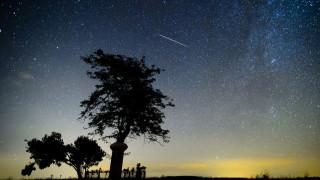 Συγκλονιστικό βίντεο: Πτώση μετεωρίτη κάνει τη νύχτα... μέρα στη Λαπωνία