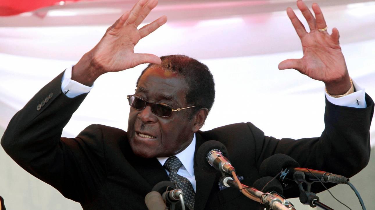 Ζιμπάμπουε: Διορία μιας ημέρας δόθηκε στον Μουγκάμπε για να παραιτηθεί