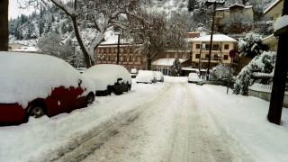 Καιρός: Χιόνι σε Καστοριά και Φλώρινα (pics & vid)