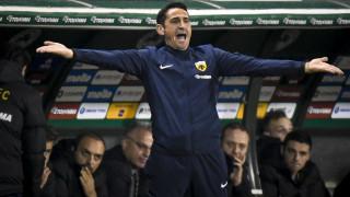 Super League: Δημόσια συγγνώμη του Μανόλο Χιμένεθ για τη χειρονομία στο ντέρμπυ
