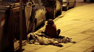 Από τη φτώχεια έως την καταστροφή στη Μάνδρα –Τα παιδικά δικαιώματα που καταπατώνται στην Ελλάδα