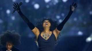 AMAs: Despacito, Bruno Mars, Diana Ross & Whitney Houston στα μεγάλα μουσικά βραβεία