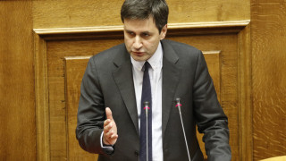 Χουλιαράκης: Το κοινωνικό μέρισμα θα μειώσει κατά 1,4% τη κοινωνική φτώχεια