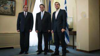 Τριμερής Σύνοδος: Συνεργασία Ελλάδας-Κύπρου-Αιγύπτου σε όλους τους τομείς