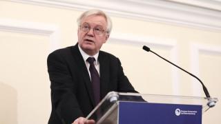 Ντέιβις: Η Βρετανία είναι έτοιμη για το ενδεχόμενο κατάρρευσης των συνομιλιών με την ΕΕ