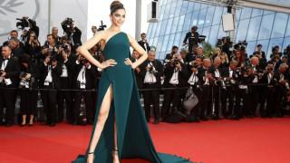 Ινδία: Κυβερνητικό στέλεχος πληρώνει αδρά όποιον... αποκεφαλίσει διάσημη ηθοποιό (pics&vid)