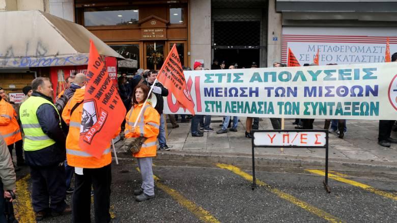 Σε 24ωρη απεργία προχωρά αύριο η ΠΟΕ-ΟΤΑ