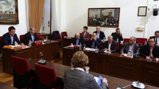 Βίαιη προσαγωγή του πρώην γενικού διευθυντή του ΚΕΕΛΠΝΟ Παπαδημητρίου αποφάσισε η εξεταστική